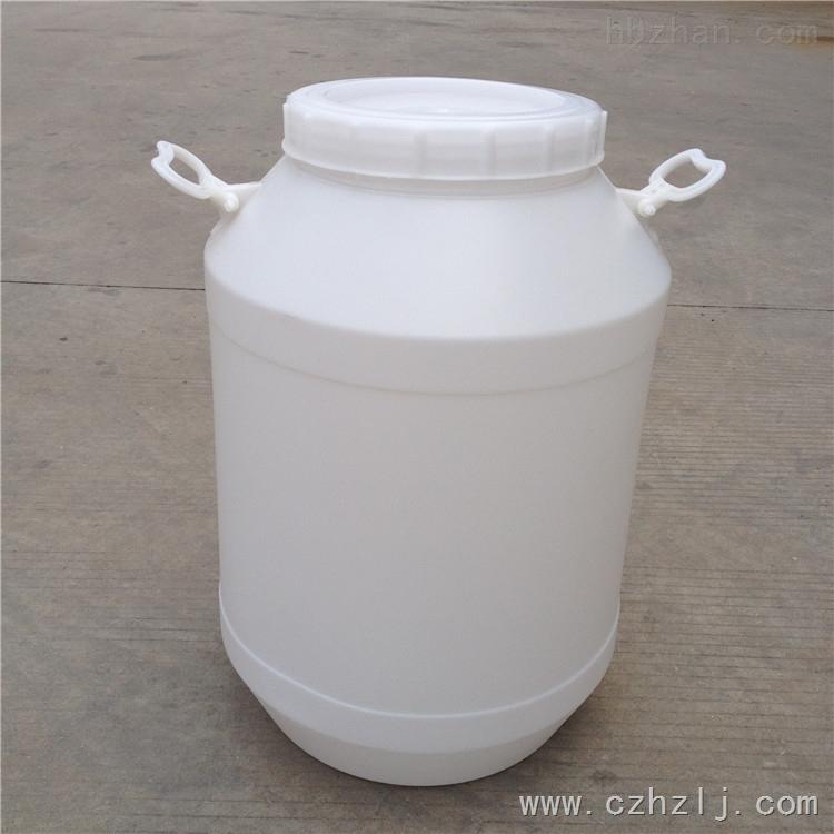 东莞50L塑料桶批发价格 50公斤塑料桶生产厂家 常州市恒尊塑料制品有限公司专业生产供应塑料桶,化工桶,塑料包装桶。大小型号有:5L/10L/20L/25L/50L 每种容量规格有不同的形状和颜色,可根据需要和喜好选择。我公司还可以根据客户的需要开模具定做不同尺寸的塑料桶。 化工桶都是采用进口的HDPE原料,一次吹塑成型。具有卫生轻便、紧固耐腐蚀、耐震耐撞击、防紫外线不易老化等特点。常用颜色有白、蓝等可根据要求定做! 主要用于水处理、环保、电子、化工、食品、医药、建筑等行业。 【产品性能】:无毒无味,防潮
