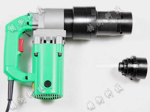 本款定扭矩电动扳手由于采用静扭结构
