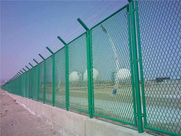 钢丝作为钢丝网.钢网墙.钢丝网片.钢丝网围墙原