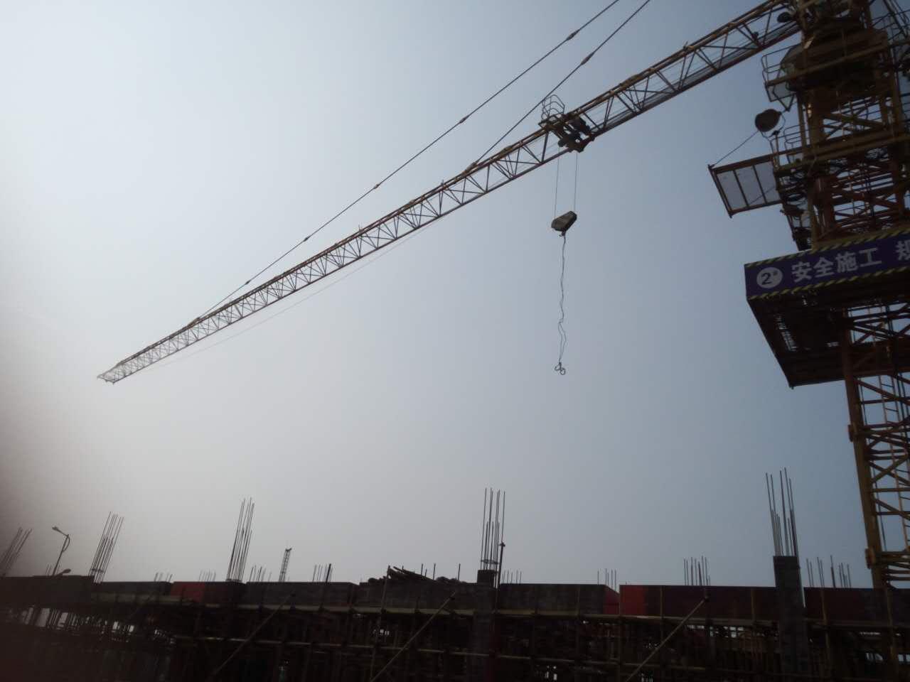 工地环保降尘塔吊喷淋现场安装调试